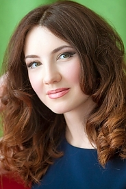 Ukrainian girl Alena,29 years old with green eyes and light brown hair.