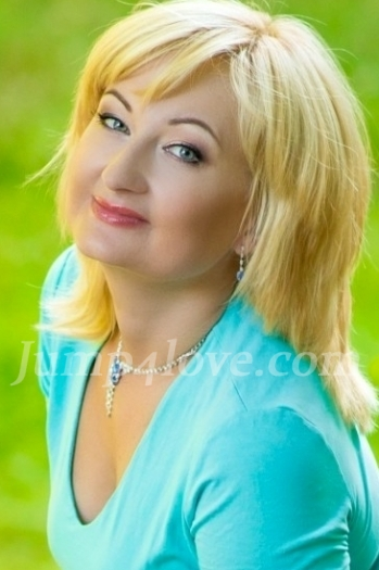 Ukrainian girl Tatyana,41 years old with blue eyes and blonde hair. Tatyana